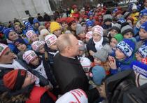 Общаясь со школьниками в Кремле, президент РФ Владимир Путин ответил на ряд их вопросов и, в частности, заявил, что управлять такой страной, как Россия, совсем не трудно