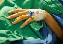 Американские специалисты, представляющие Йельский университет, заявили о создании сверхэффективного препарата, который препятствует встраиванию ВИЧ в ДНК клетки, «идеально» подавляя его распространение