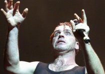 Фронтмен культовой немецкой рок-группы Rammstein Тилль Линдеманн рассказал о своем спортивном прошлом, в частности, о встрече с соперниками из Советского Союза