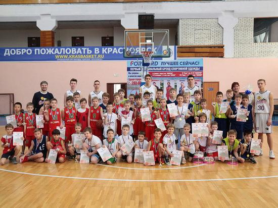 В Красноярске состоялось открытие городского турнира по баскетболу