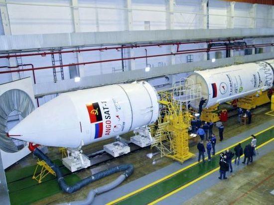 В РКК «Энергия» еще надеются восстановить связь со спутником «Ангосат»