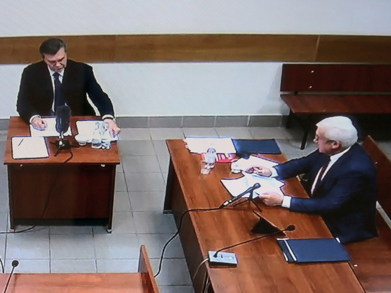 Украинские власти объяснили бегство Януковича психическим расстройством экс-президента
