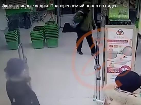 Появилось видео с подозреваемым, заложившим бомбу в петербургском супермаркете