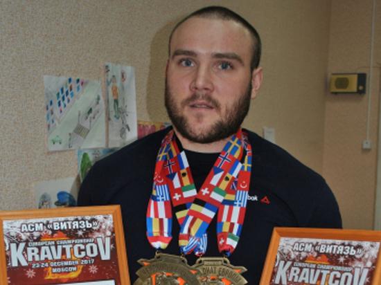 Сотрудник полиции из Тамбова стал рекордсменом России по жиму лежа