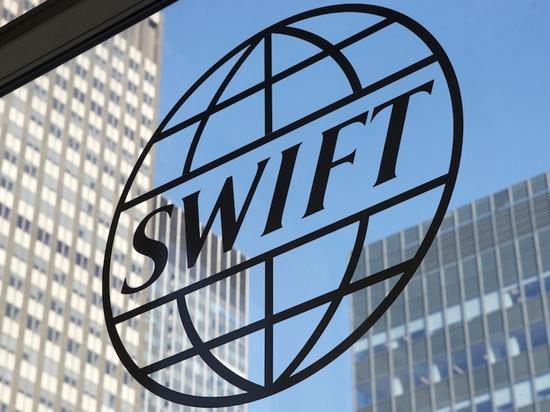 Катастрофа банков под вопросом: отключат ли Россию от SWIFT