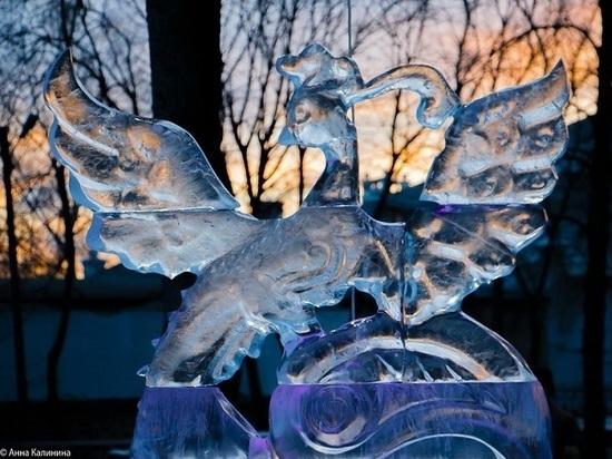 Выставка ледяных скульптур в Тамбове открылась при плюсовой температуре