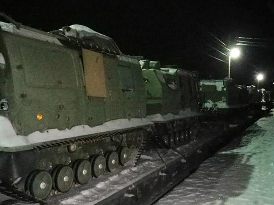 Новые снегоболотоходы поступили на Северный флот