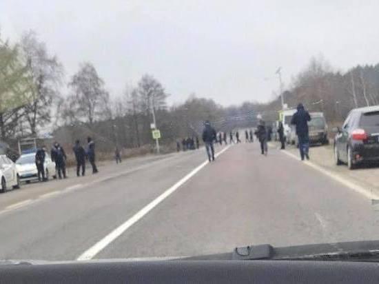 Митингующие заблокировали украино-польскую границу