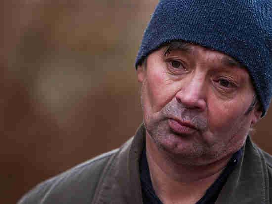 Юрий Дудь и Юрий Шевчук подарили калининградскому ветерану чеченской войны машину
