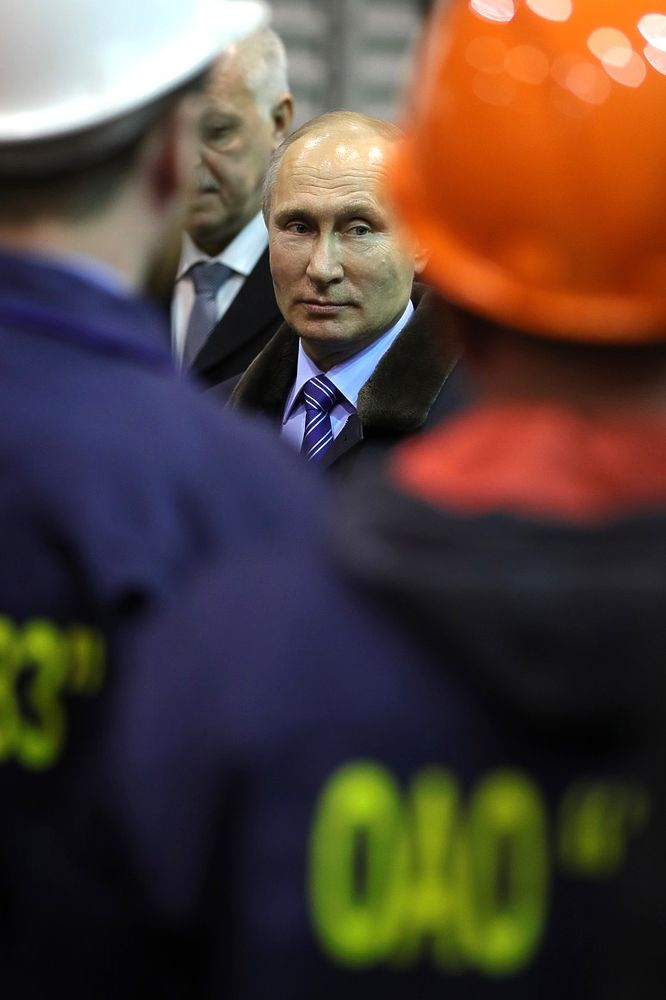 Президента России поблагодарили за поддержку Тверского вагонозавода