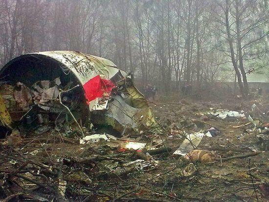 Авиаэксперт объяснил, что не так со взрывом самолета Качиньского