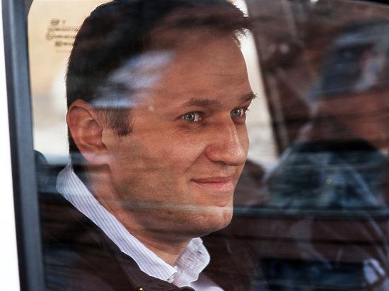 Навальный еще раз попробует зарегистрировать политическую партию