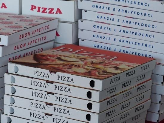 Ограбившие разносчика пиццы скрылись на машине Андрея Макаревича