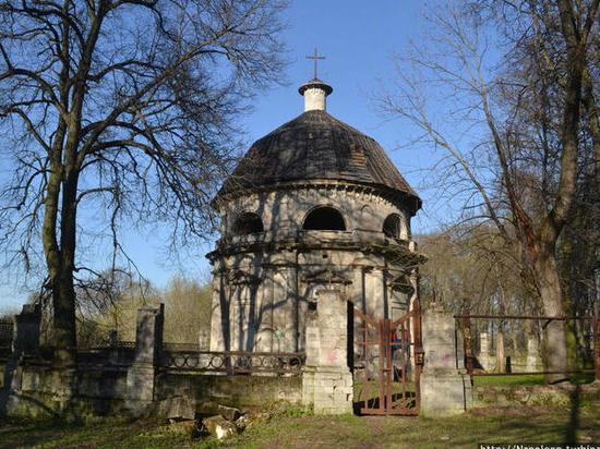 Тульские власти вспомнили про усыпальницу потомков сына Екатерины II, спустя век забвения