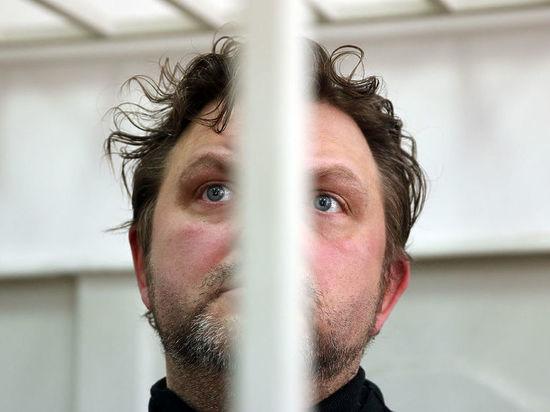 Никиту Белых решили судить в больнице, чтобы спасти ему жизнь