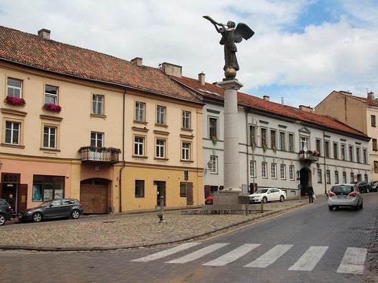 В прибалтийской стране появился портал, который будет бороться с инакомыслием