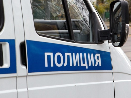 Жителей Новой Москвы терроризирует неуловимый извращенец в красной шапочке