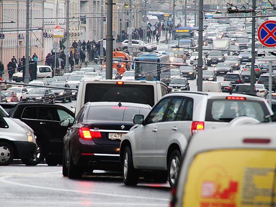 Кому Госдума разрешила не платить транспортный налог