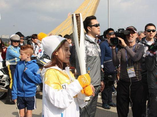 КНДР и Южная Корея пройдут под одним флагом на Олимпиаде-2018