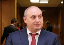 По сведениям дагестанского издания «Черновик», утром пятницы правоохранители пришли с обысками в дом и кабинет мэра Махачкалы Мусы Мусаева