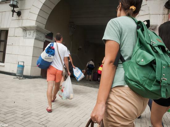 600 человек переедет в Астраханскую область на ПМЖ