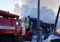 По поручению Буркова омской семье, у которой при пожаре погибли пятеро детей, окажут помощь