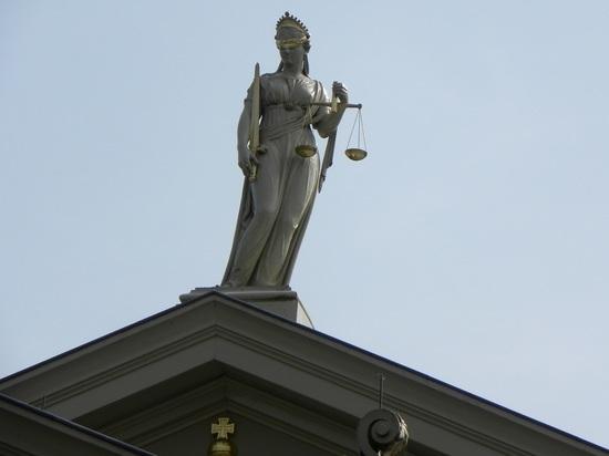 Подробности дорожного конфликта с участием судьи: разбил зеркало и скрылся