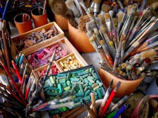 Художников незаконно выселяют из мастерских, а прокуратура об этом не слышала
