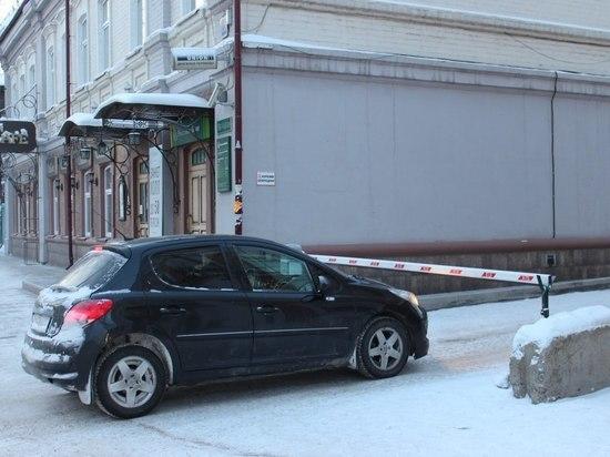 Депутаты ЗС готовятся адаптировать закон о парковках для тех, кто живет за чертой бедности