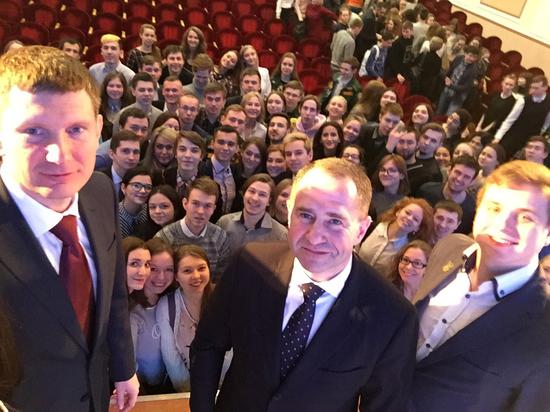 Михаил Бабич обсудил с пермскими студентами вопросы, которые волнуют молодежь