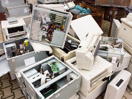 Заговор производителей: наши смартфоны и холодильники ломают дистанционно