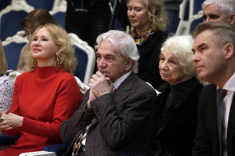 В «Геликон-опере» открыта гримерка имени Дмитрия Хворостовского