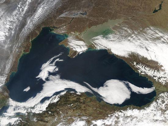 «Мы летаем над Черным морем, а Черное море — это международное воздушное пространство»