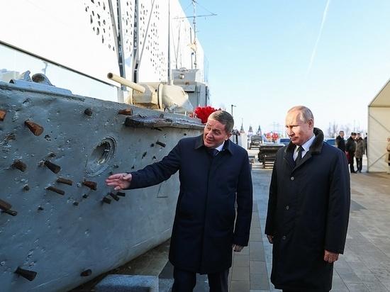 Андрей Бочаров показал президенту патриотический проект «Лысая гора. Высота 146,0»