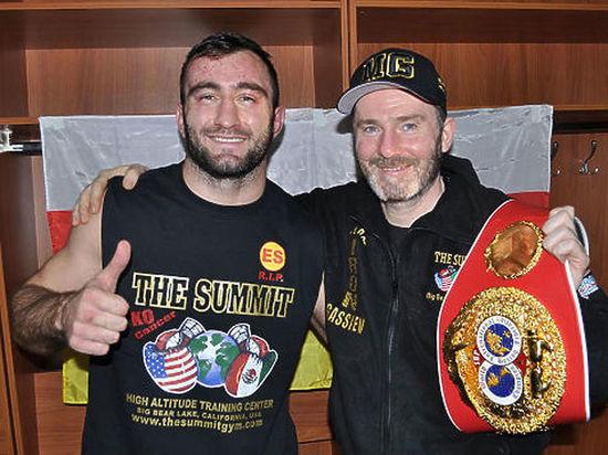 Гассиев нокаутировал Дортикоса и вышел в финал Всемирной боксерской Суперсерии