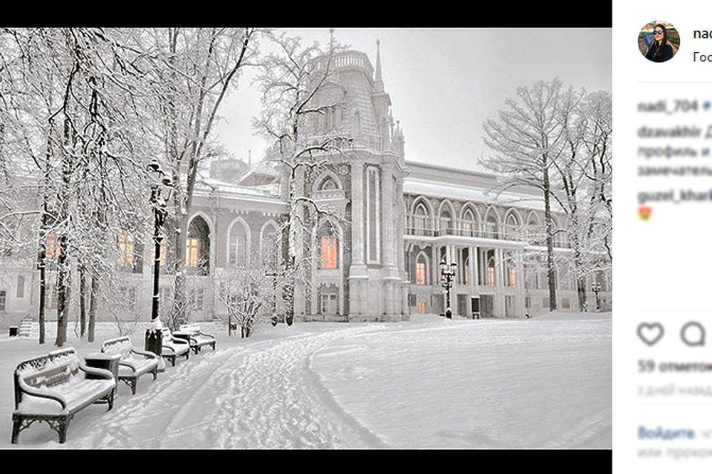 Исторический снегопад в Москве: стихия уносит жизни, коммунальщики в шоке