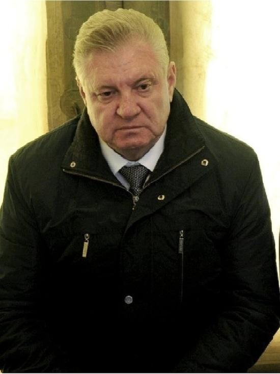 Экс-мэр Михаил Столяров платит штраф, но по УДО все равно не отпускают