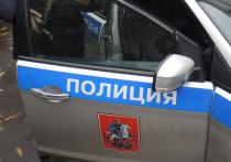 Устал после похорон матери: измученный пилот угрожал московским коммунальщикам пистолетом