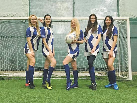 В матче Любительской женской футбольной лиги зафиксирована боевая ничья