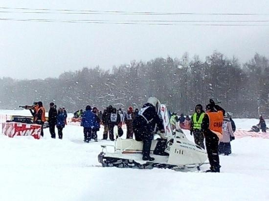 Виртуозы на снегоходах покорили костромские просторы