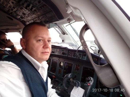 «Тут вкалывать надо»: второй пилот Ан-148 был потомственным летчиком
