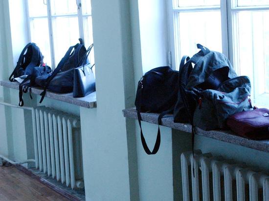 В туалет — по справке: московский учитель преподал урок беспардонности