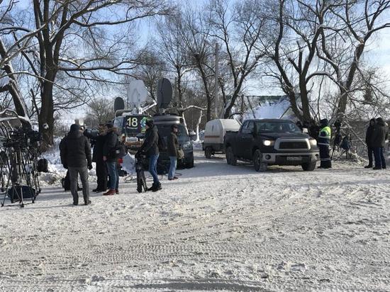 В село у места катастрофы самолета пропускают только прописанных там