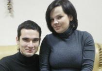 Екатеринбурженке Юлии Савиновских, у которой год назад опека изъяла двух детей-инвалидов из-за опасения, что женщина готовится сменить пол, суд отказался вернуть малышей