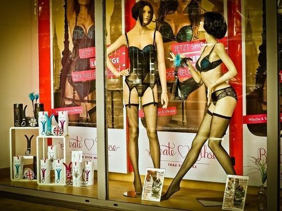 Топ-тройка из секс-шопа: что предпочитают москвичи на день всех влюбленных