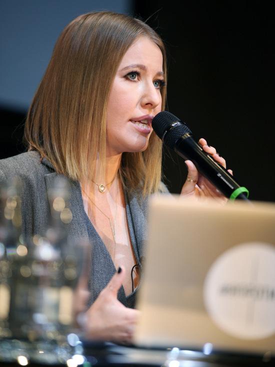 Ксения Собчак перепиарилась на правозащитнике Ковалеве: невыносимо стыдно
