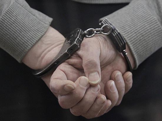 Как подозреваемые в терроризме связаны с фигурантом «списка Титова»