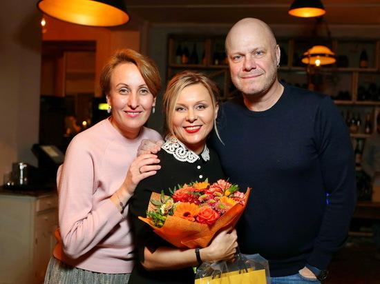 У меня состояние ребенка: популярная актриса Яна Троянова отметила 45-летие