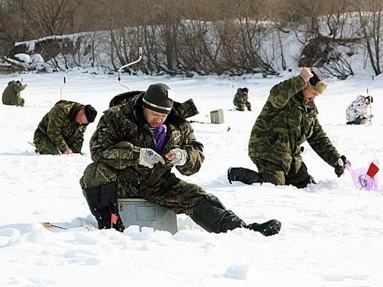 Более 60 костромичей соревновались в лове рыбы со льда