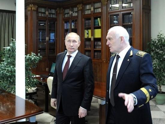 По оценке правозащитников, в 2016 году он стал богатейшим ректором России, задекларировав официальный доход почти в 200 млн руб.